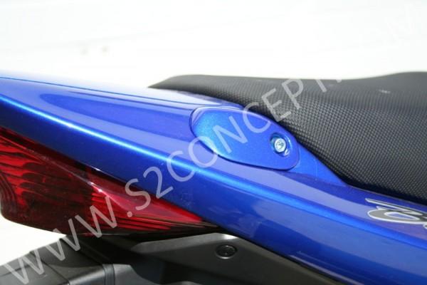 Soziusgriffabdeckung rot lackiert 'YHL' Suzuki Bandit 1200/1250/650